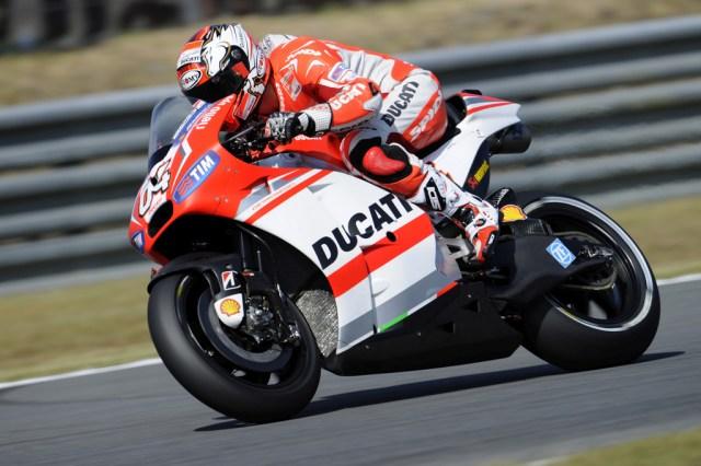1-Andrea-Dovizioso---Ducati-Team---Japanese-MotoGP-QP2