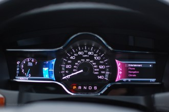 2013 Lincoln MKS Speedometer