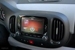 2014 FIAT 500L 6.5-inch Touchscreen