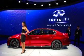 2014 NAIAS Infiniti Q50 Eau Rouge Concept Side