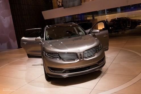 2015 NAIAS Lincoln MKX LED Headlights