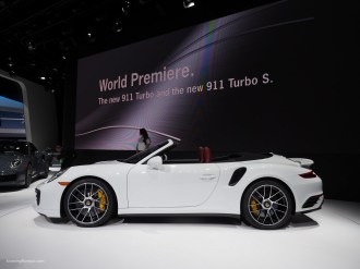 2016 NAIAS Porsche 911 Turbo S World Permiere.