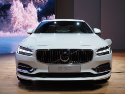 2016 NAIAS Volvo S90 T8 Front
