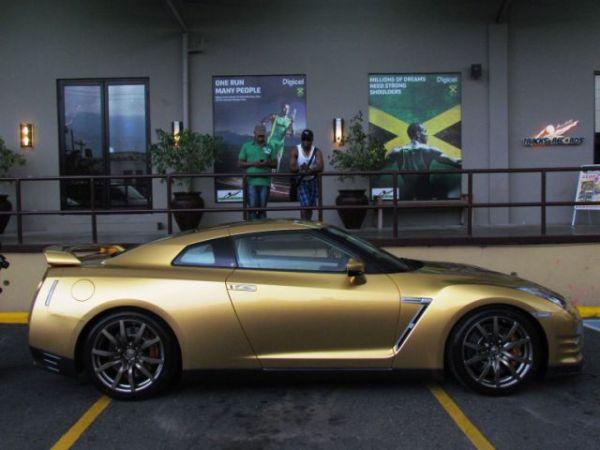 Usain Bolt Nissan GTR Andres O'Neill photo 17