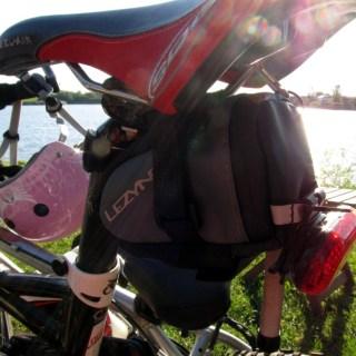 M-Caddy Saddlebag Fastening - Easy