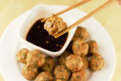 Chic Zucchini Noodles Asian Turkey Meatballs Asian Turkey Meatballs Mountain Cravings Asian Turkey Meatballs Weight Watchers Asian Turkey Meatballs