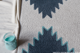 how-to-create-a-DIY-navajo-inspired-rug-upcycledtreasures