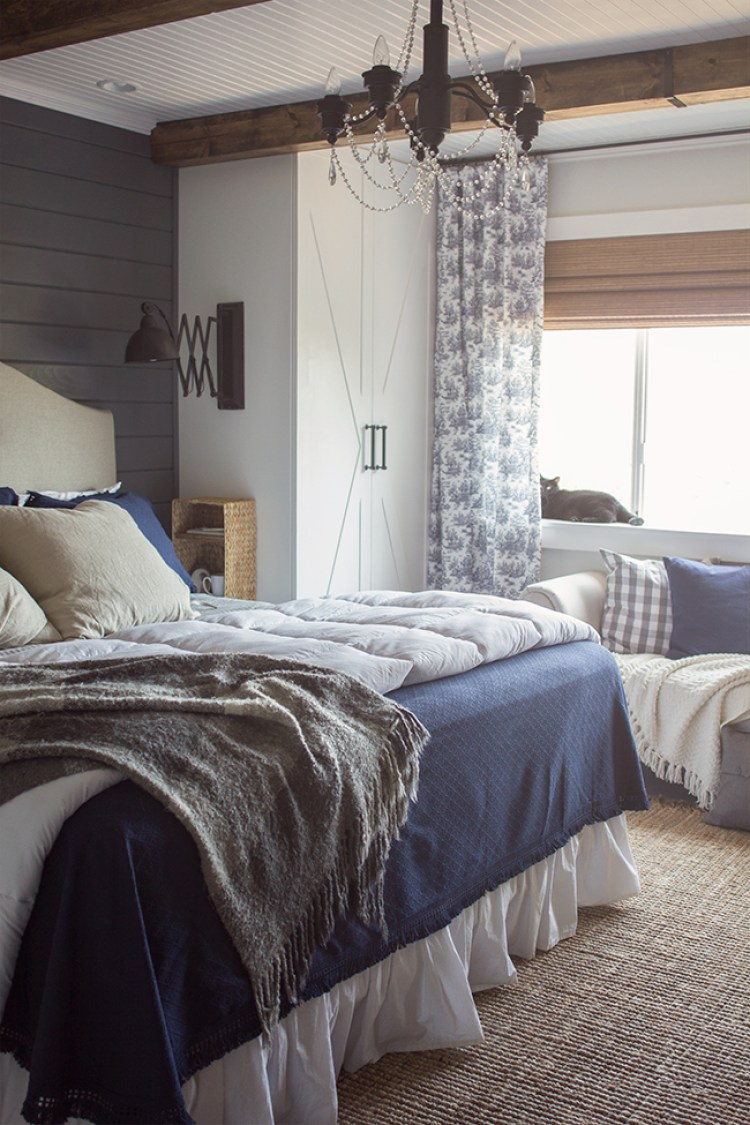 Modern rustic bedroom retreats Light grey and navy bedroom