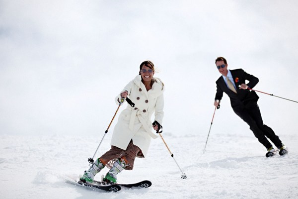 bride and groom skiing in Sun Valley