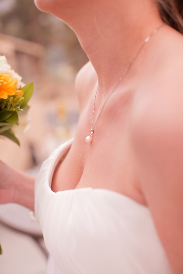 4-pearl-necklace-KB_Digital_Designs-Estes-Park-Wedding