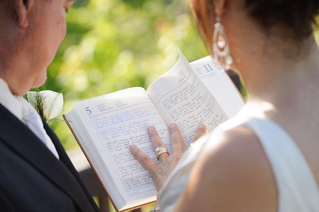 20-couple-book-hawkesdene-mountain-wedding-Torrence-Photography