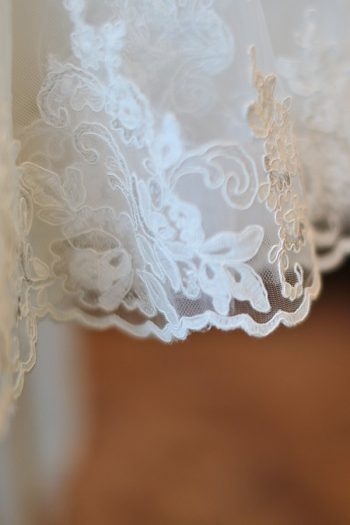 1a-Devils-Thumb-Ranch-wedding-Becky-Young Photography-lace-edge