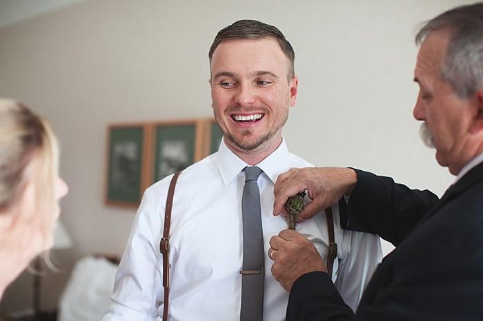 groom getting ready | Pyramid Lake wedding | Jarusha Brown Photography