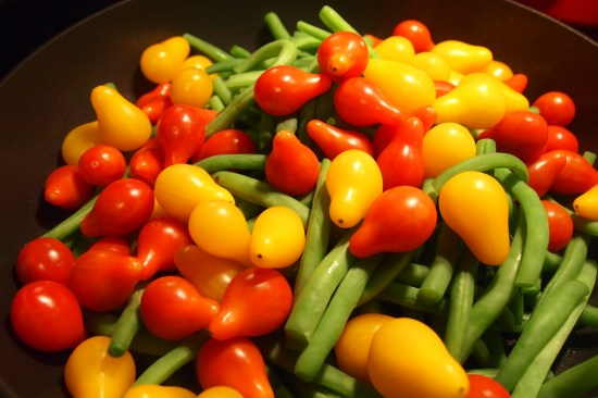 green beans and pear cherry tomatoes