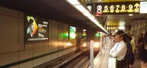 Taipei MRT train coming