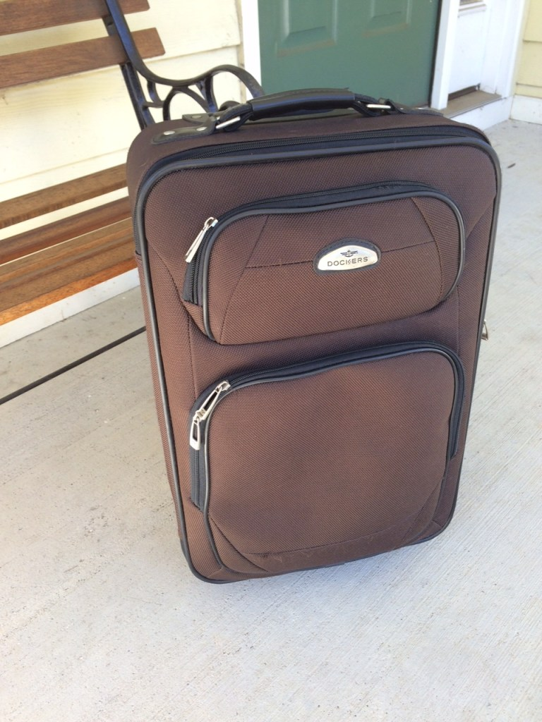 Dockers Carry-on | Moving Peaces