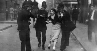 4th October 1936:  Policemen arresting a demonstrator when fascists and communists clashed during a march know as the Battle of Cable Street led by British fascist Sir Oswald Mosley in London's East End.  (Photo by Topical Press Agency/Getty Images)