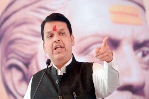 bmc-declares-maharashtra-cm-devendra-fadnavis-bungalow-defaulter-mplive