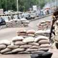 Nigerian-soldiers-on-guard-in-Maiduguri