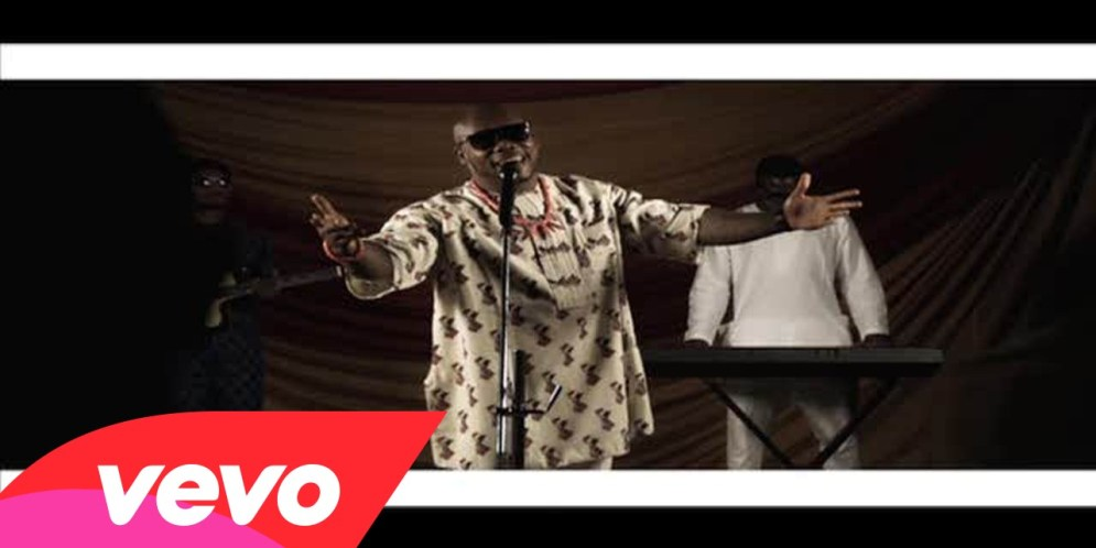 Otiz [@iam_otiz] – Ololufe ft. Jaywon : Video [dl]