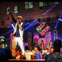 VIDEO: Peter P-Square Falls Off Stage At The Beat FM Triple 9 Concer