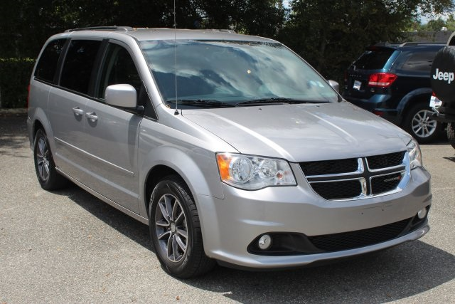 Used and Pre Owned Vehicles   Buy and Finance Offers   Gainesville     Used 2017 Dodge Grand Caravan in Gainesville Florida