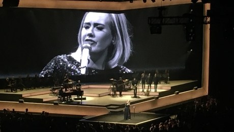 Adele singing One and Only in Chicago