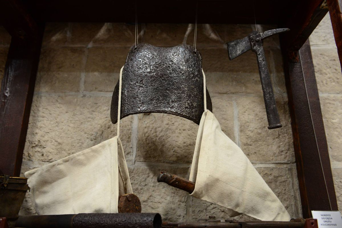 Napierśnik z workami na granaty / fot. BC