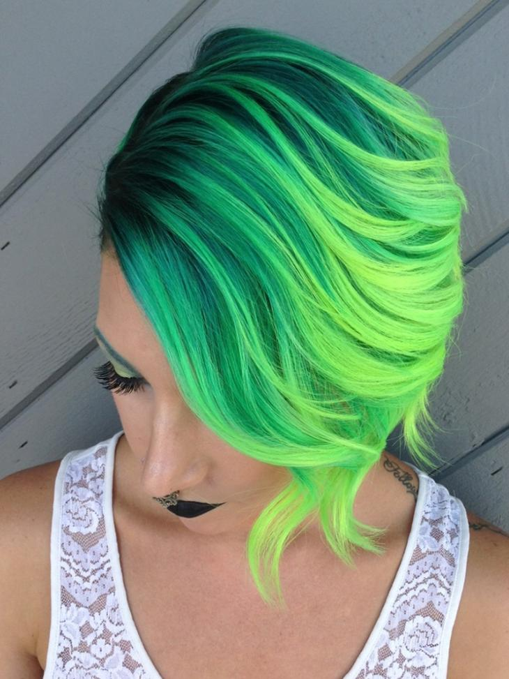 зеленуха на волосах