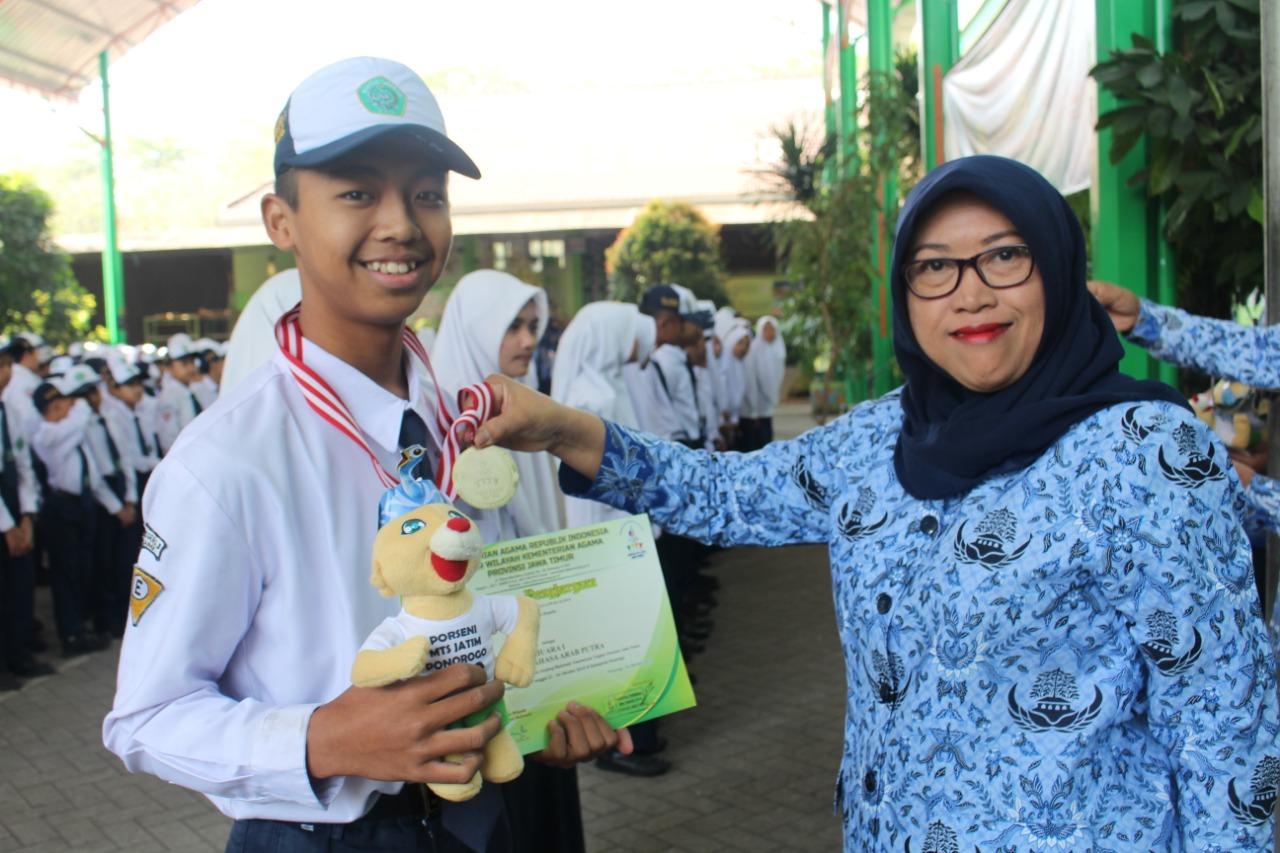 Kabupaten Malang Raih Juara Umum, MTsN 3 Malang Sumbang Medali Emas dan Perunggu