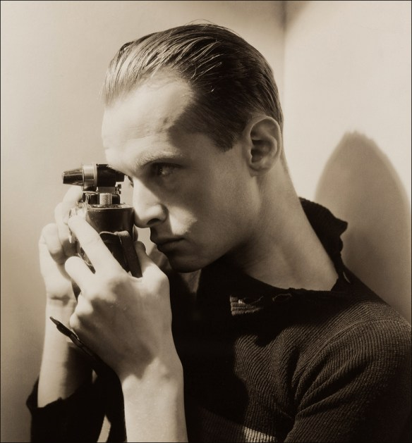 Henri Cartier Bresson by George Hoyningen-Huene, NYC 1935  © George Hoyningen-Huene, © Horst courtesy Staley-Wise Gallery, New York