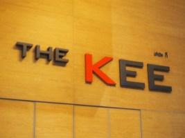 繁華街の中心地、ビーチも近く、プールも素敵なホテル 〜The Kee Resort & Spa ::タイ・パトンビーチ