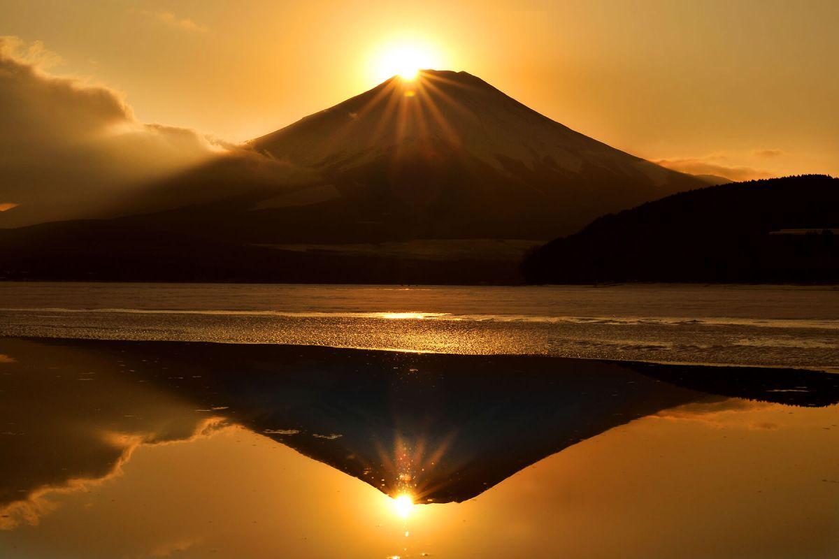 世界よ!これが日本の宝だ! 国宝茶碗ツートップのご紹介。