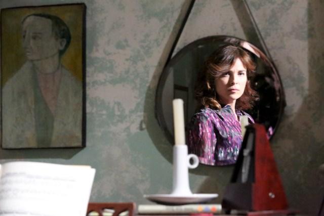 """Cena do filme """"Entrelinhas"""", de Emilia Ferreira"""