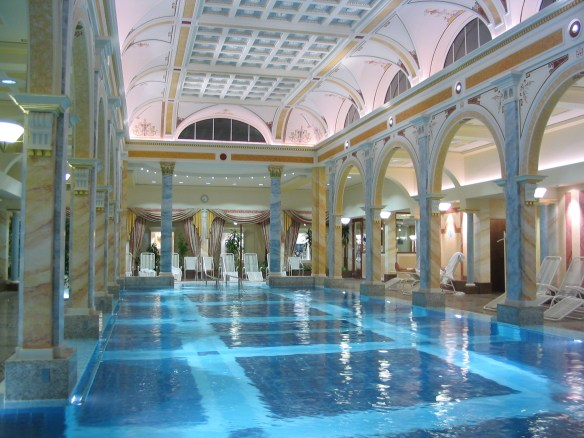 Luxury-Hotel-Indoor-Pool