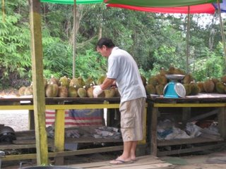 durian-stall.JPG
