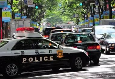 Carro de polícia nas ruas de Tóquio (Foto: Shibuya 246)