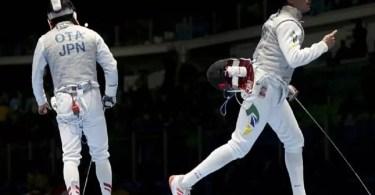 Guilherme Toldo venceu o atual campeão mundial (Foto: Reprodução/Reuters)