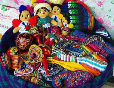 Tipicos de Antigua Guatemala - foto por AnaLu Guerra