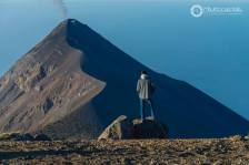 Desde el volcán Acatenango viendo parte del volcan de Fuego - foto por Mauricioleonel