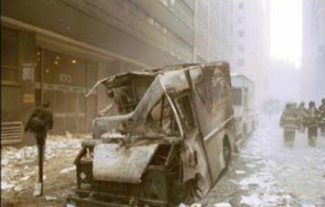 furgonetas-quemada-y-otra-no CIMÁTICA; DANDO VIDA A LA MATERIA CON EL SONIDO (HANS JENNY, 1968)