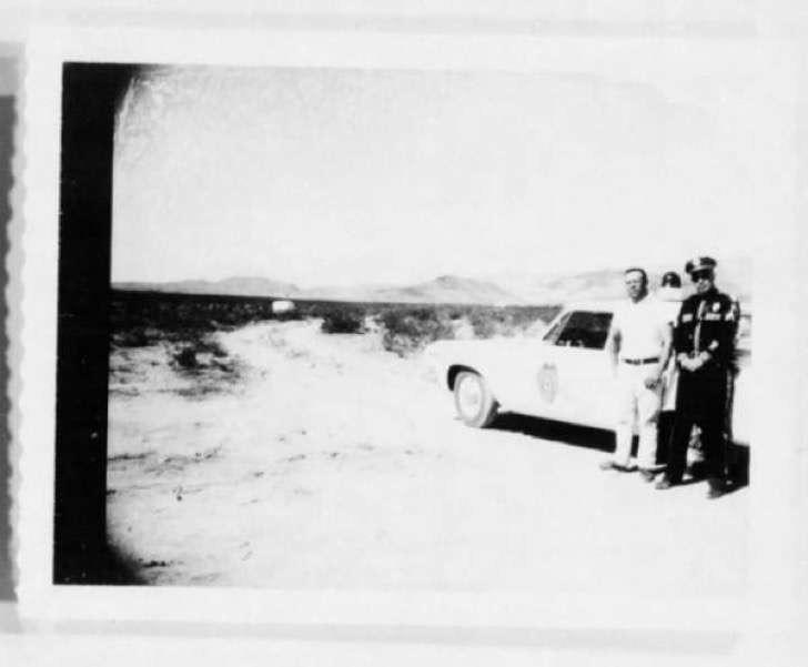 11-2-9-FrenteFantasma En el año 1964, esta enigmática imagen fue declarada #TOPSECRET por la #CIA. La razón es ¡Escalofriante!…