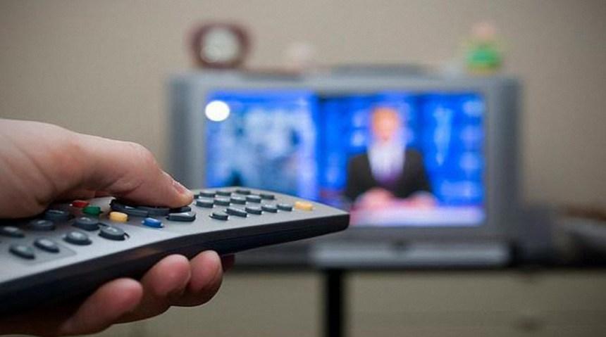 Falseándolo: Manipulación mediática belicista