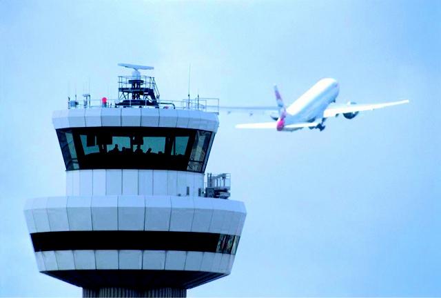 blogger-image-1607220652 Muy extraño: La FAA anuncia que durante todo septiembre sus sistemas de alerta de tráfico y vigilancia darán fallos en el sudeste EEUU