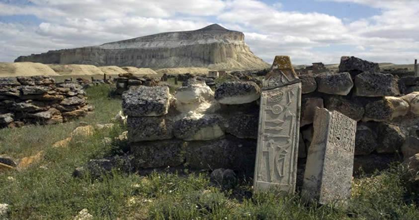 e2808bdescubren-un-misterioso-monumento-de-piedra-de-1-500-anos-de-edad-en-kazajistan Descubren un misterioso monumento de piedra de 1.500 años de edad en Kazajistán