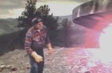 falconLakepeakinginside El incidente OVNI del lago falcon