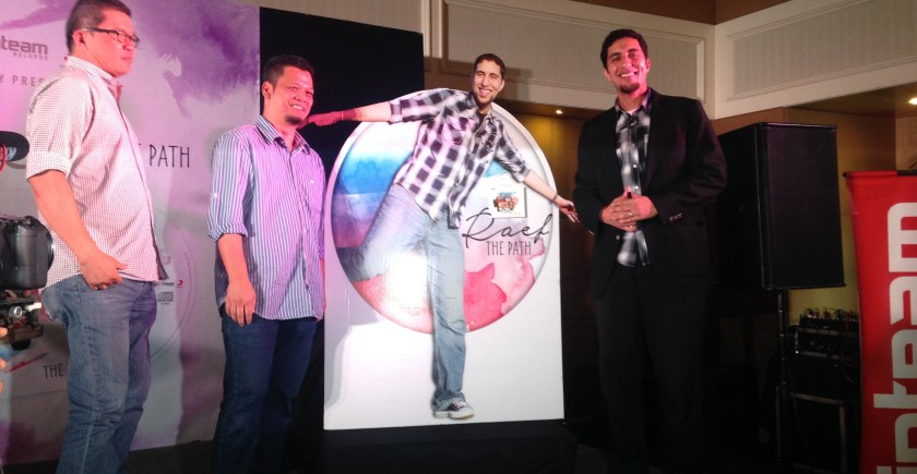 On the 18th of September, Raef finally launched his album in Malaysia!