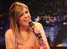 Dani Rizzutti é a nova apresentadora do Noite com Adoradores