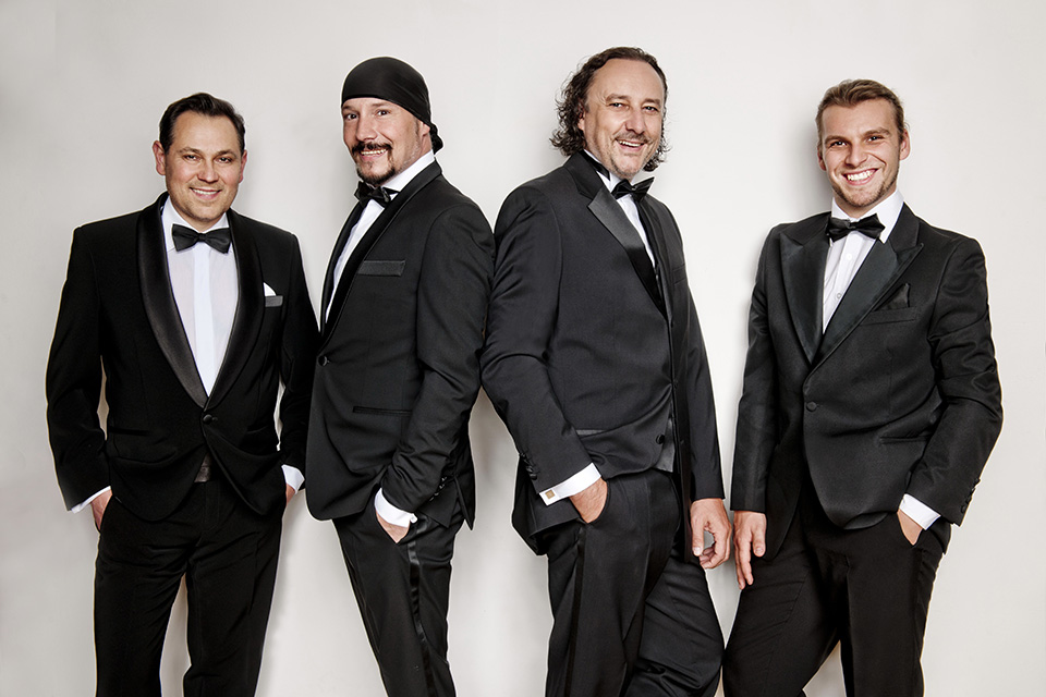 4 Tenoři - Pavel Vítek, Bohuš Matuš (host), Marian Vojtko, Michal Bragagnolo (foto Lenka Hatašová)