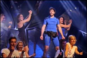 Roman Tomeš a další ve scéně Mám rád